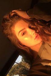 Alexis Jayde Burnett Social Media Pics 1/30/ 2017