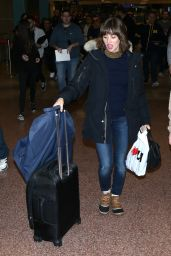 Alison Brie at Salt Lake International Airport in Salt Lake City 1/20/ 2017