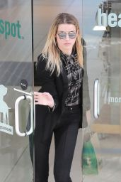 Amber Heard - Stops by Healthy Spot Pet Store For Some Pet Supplies in West Hollywood 1/23/ 2017
