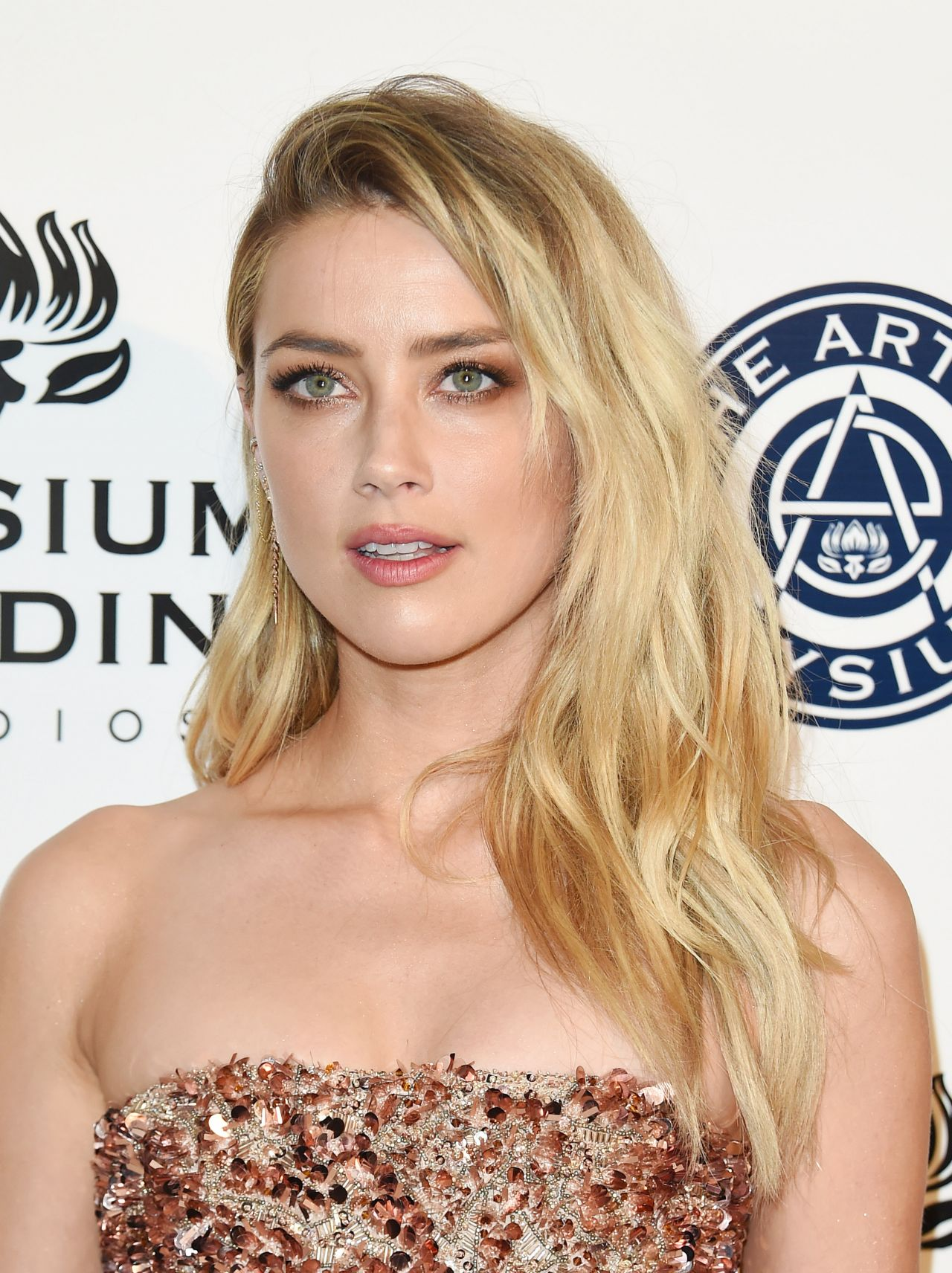 Celebrites Amber Heard nude photos 2019