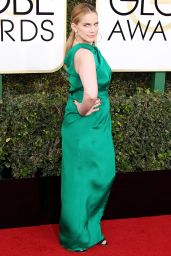 Anna Chlumsky – Golden Globe Awards in Beverly Hills 01/08/ 2017