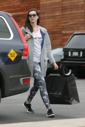 Anne Hathaway - Shopping Trip to Maxfield in West Hollywood 1/5/ 2017