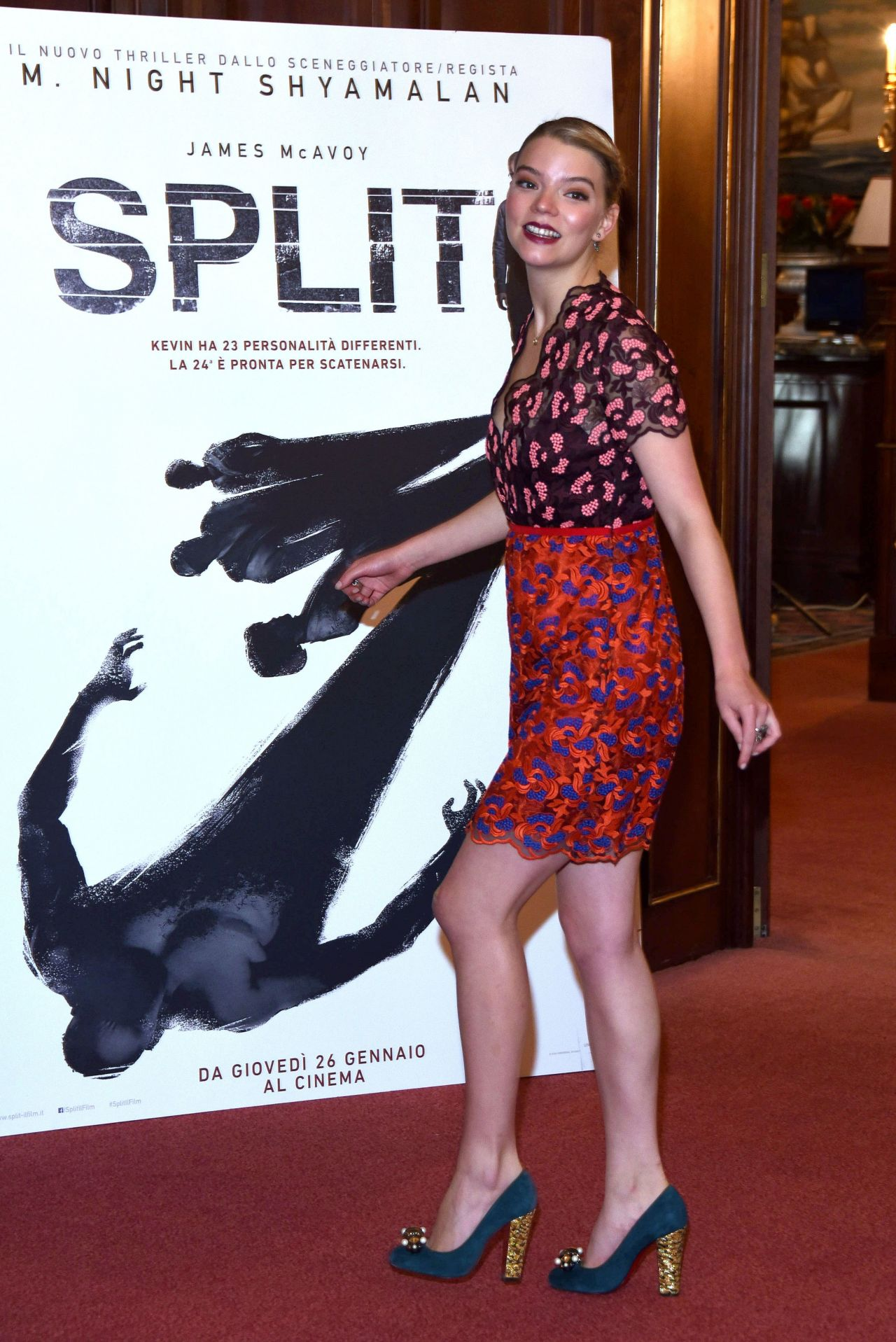 New Sienna 2019 >> Anya Taylor-Joy - 'Split' Photocall in Milan, Italy 1/11/ 2017
