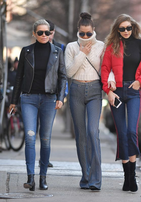 Bella Hadid, Gigi Hadid and Yolanda Hadid - Out in Manhattan 1/29/ 2017