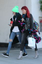 Bella Thorne - Exiting a Hair Salon Make Up Free With Sister Dani Thorne, Los Angeles 1/16/ 2017