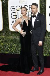 Blake Lively – Golden Globe Awards in Beverly Hills 01/08/ 2017
