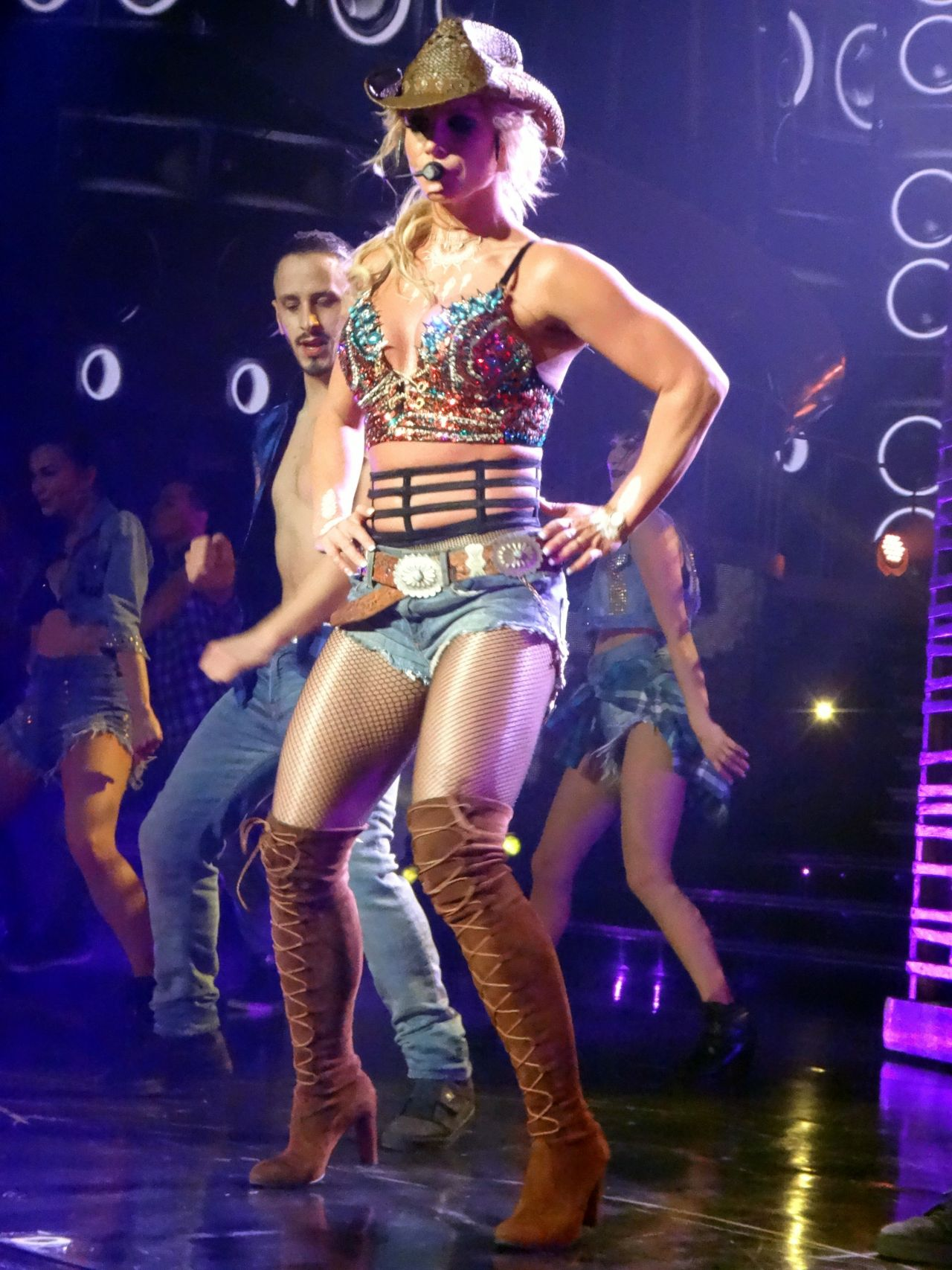 Britney Spears - Performing at Her 'Piece of Me' Residency ... Britney Spears Las Vegas