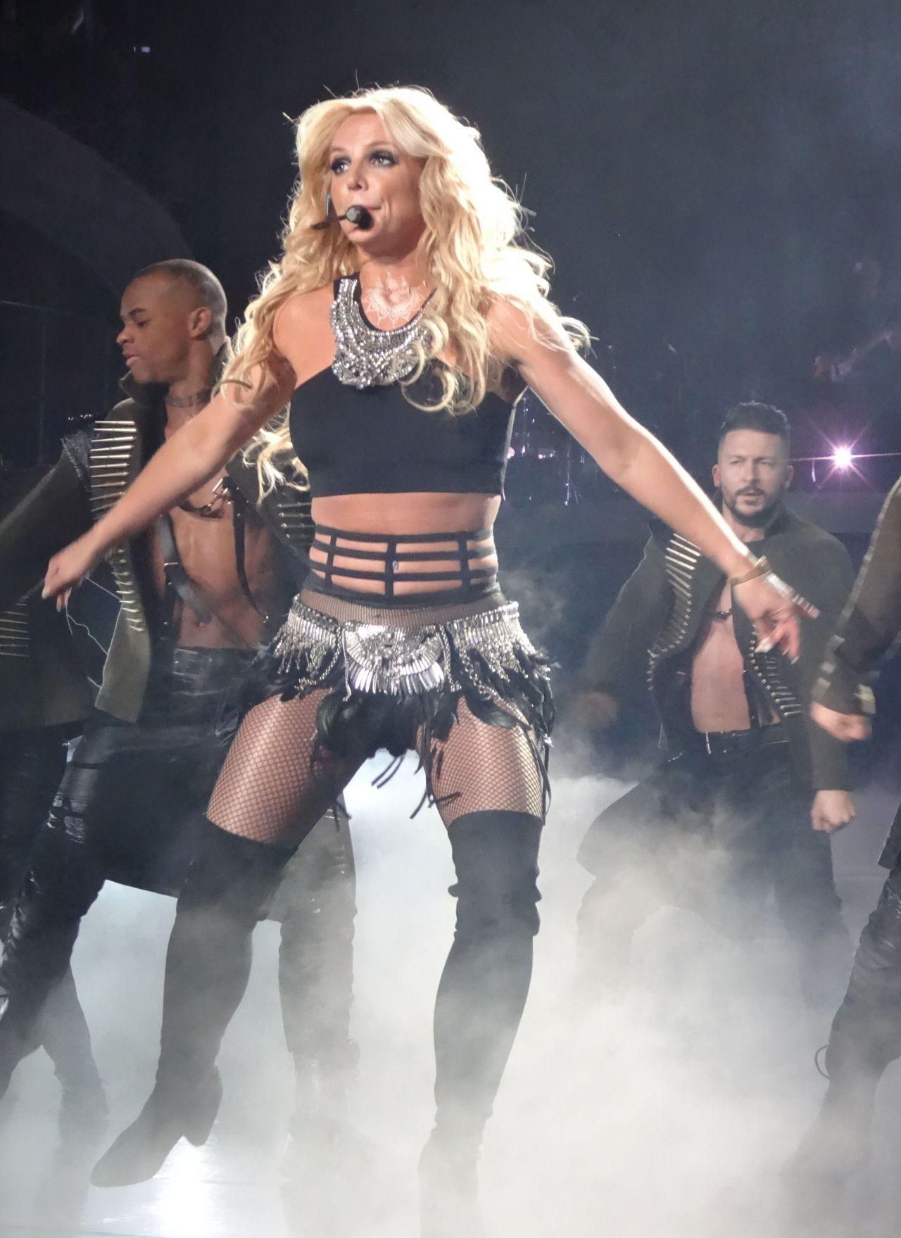 Britney spears piece of me video remix basedgirlscom - 3 9