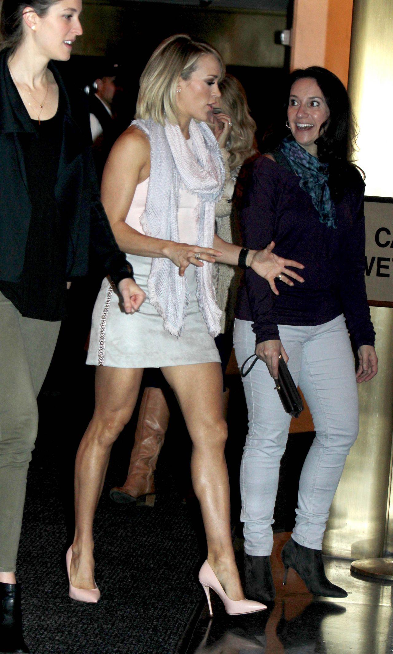 Carrie Underwood Today Show Candid Photos Celeblr