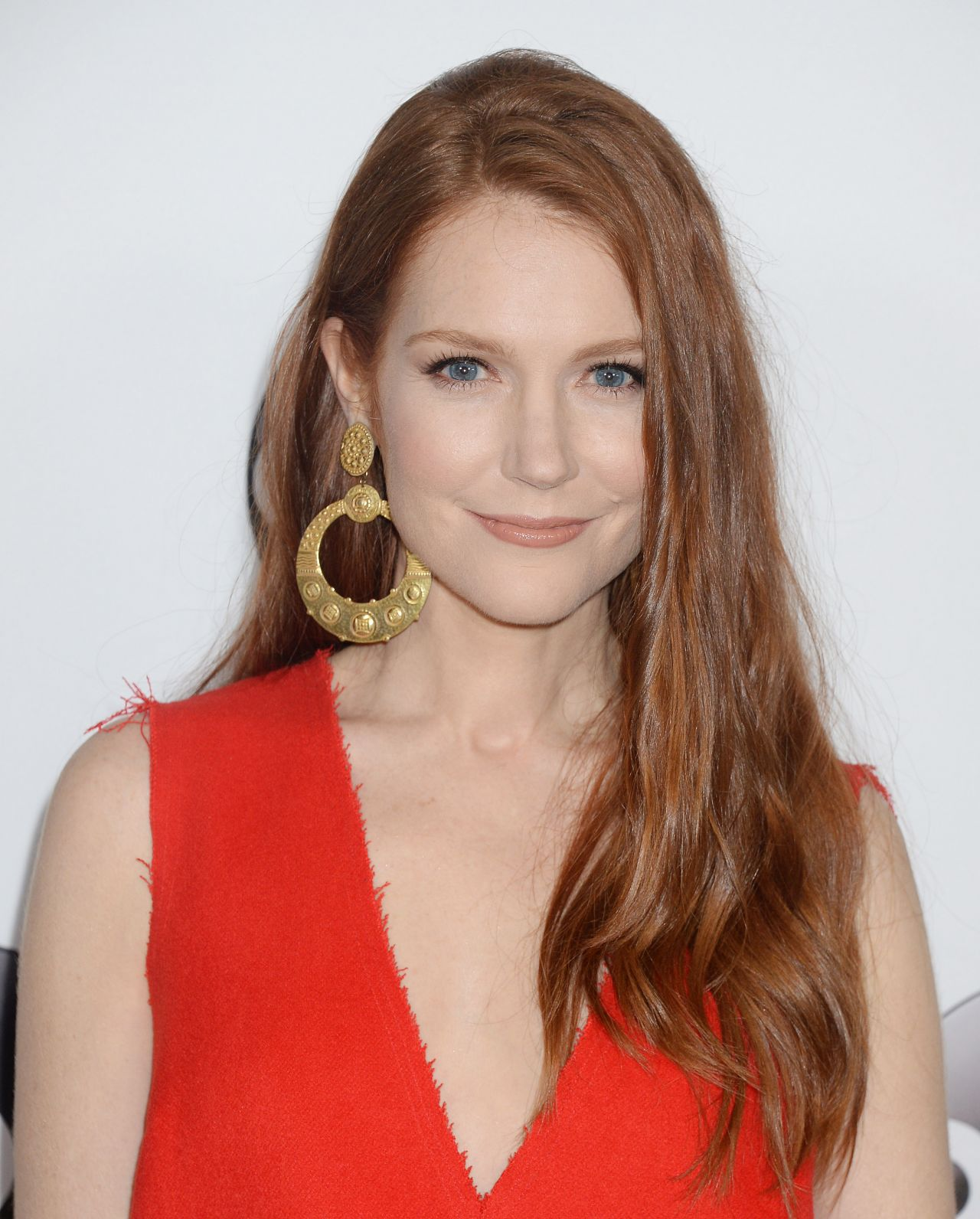 Darby Stanchfield from Scandal is FUCKING HOT - Celeblr