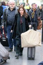 Debbie Rush - Arriving At Train Station in Manchester 1/25/ 2017