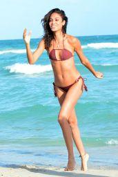 Doutzen Kroes - Bikini Beach Fun in Miami 1/1/ 2017
