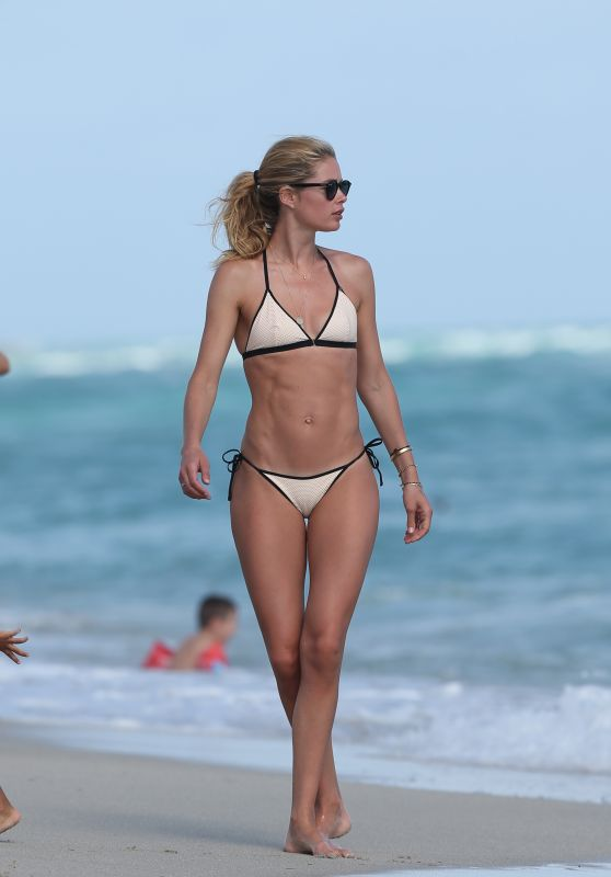 Doutzen Kroes Hot in Bikini at the Beach in Miami, FL 12/31/ 2016