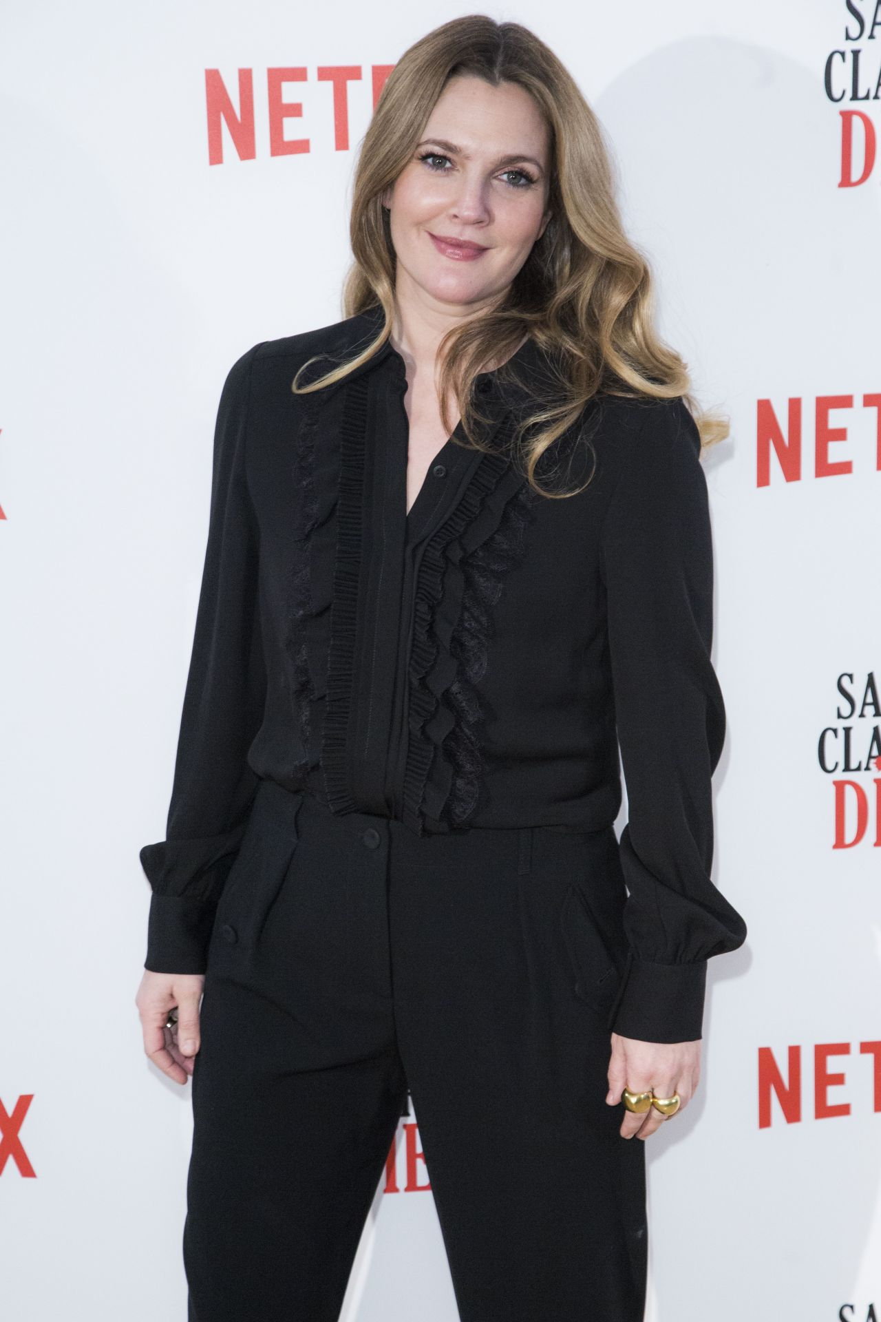 Drew Barrymore - Santa Clarita Diet TV Show Photocall in ... Drew Barrymore
