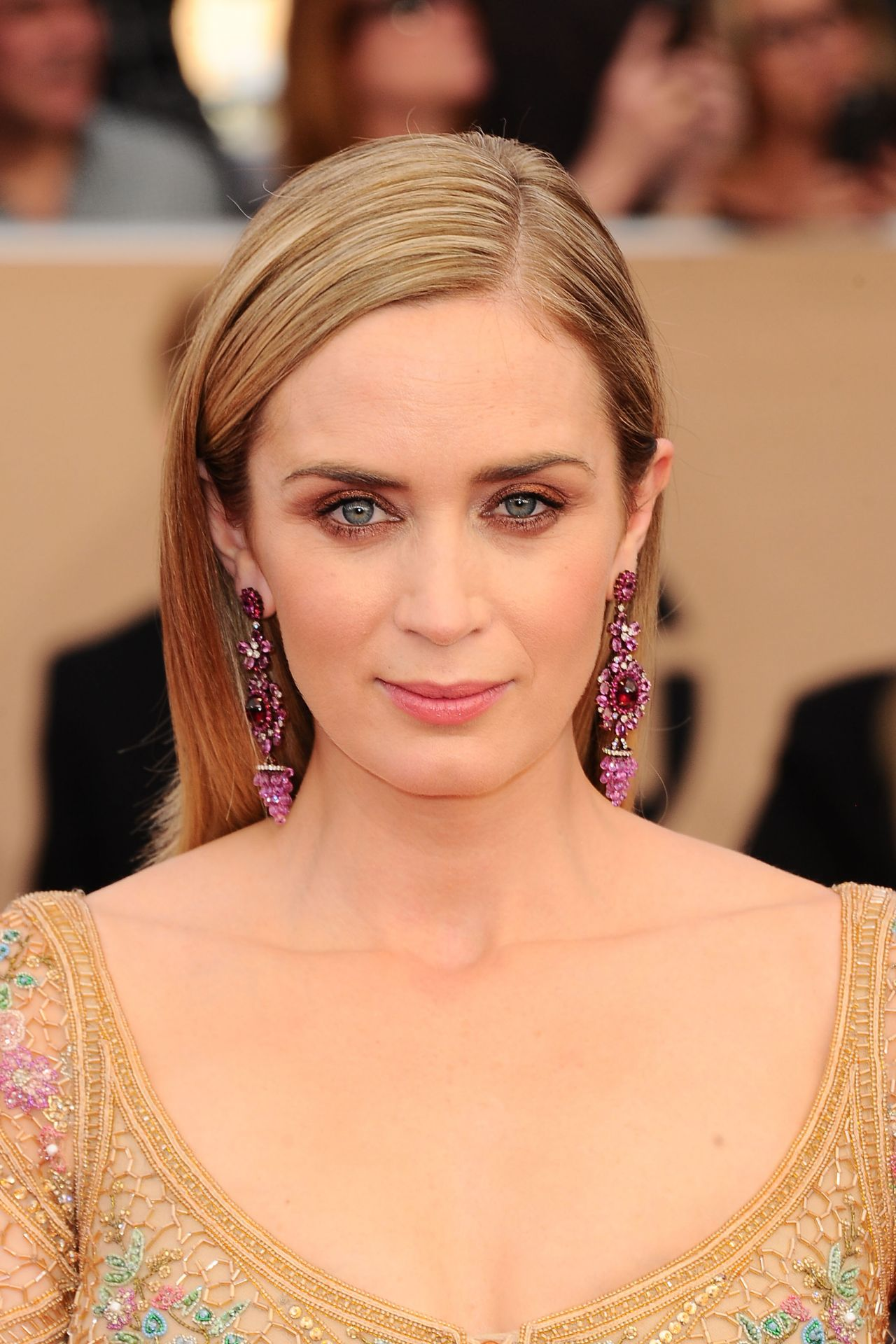 Emily Blunt Sag Awards In Los Angeles 1 29 2017