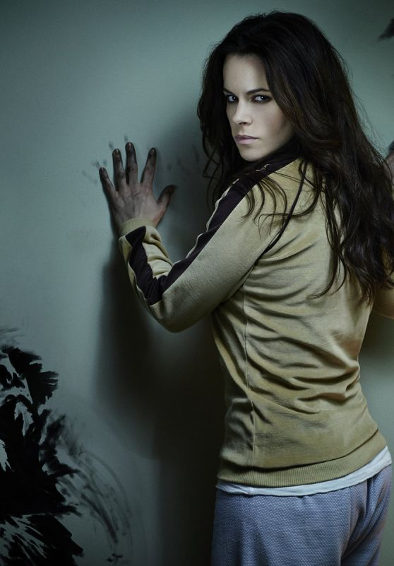 Emily Hampshire Wallpapers (+16)