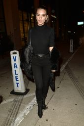 Emily Ratajkowski Wears Black-on-Black to Catch LA in West Hollywood 1/27/ 2017