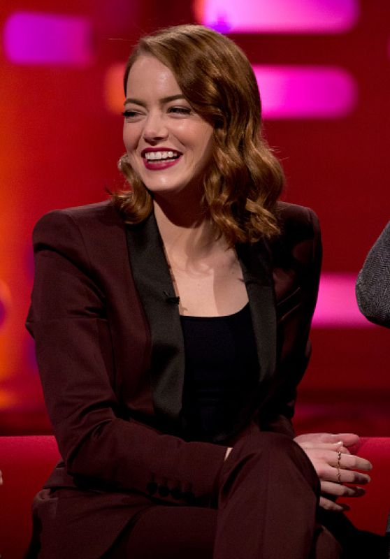 Emma Stone At The Graham Norton Show In London 1 12 2017