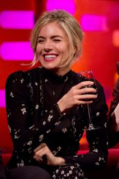 Emma Stone at The Graham Norton Show in London 1/12/ 2017