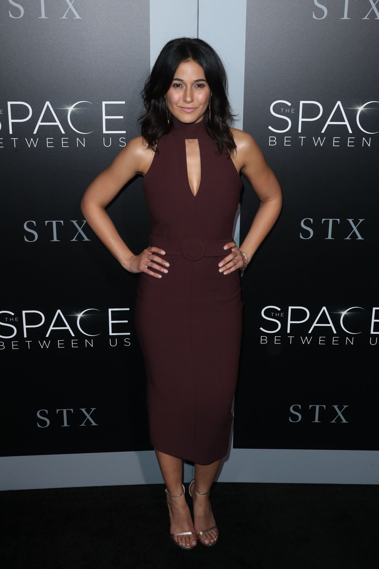 Emmanuelle Chriqui The Space Between Us Premiere In Los