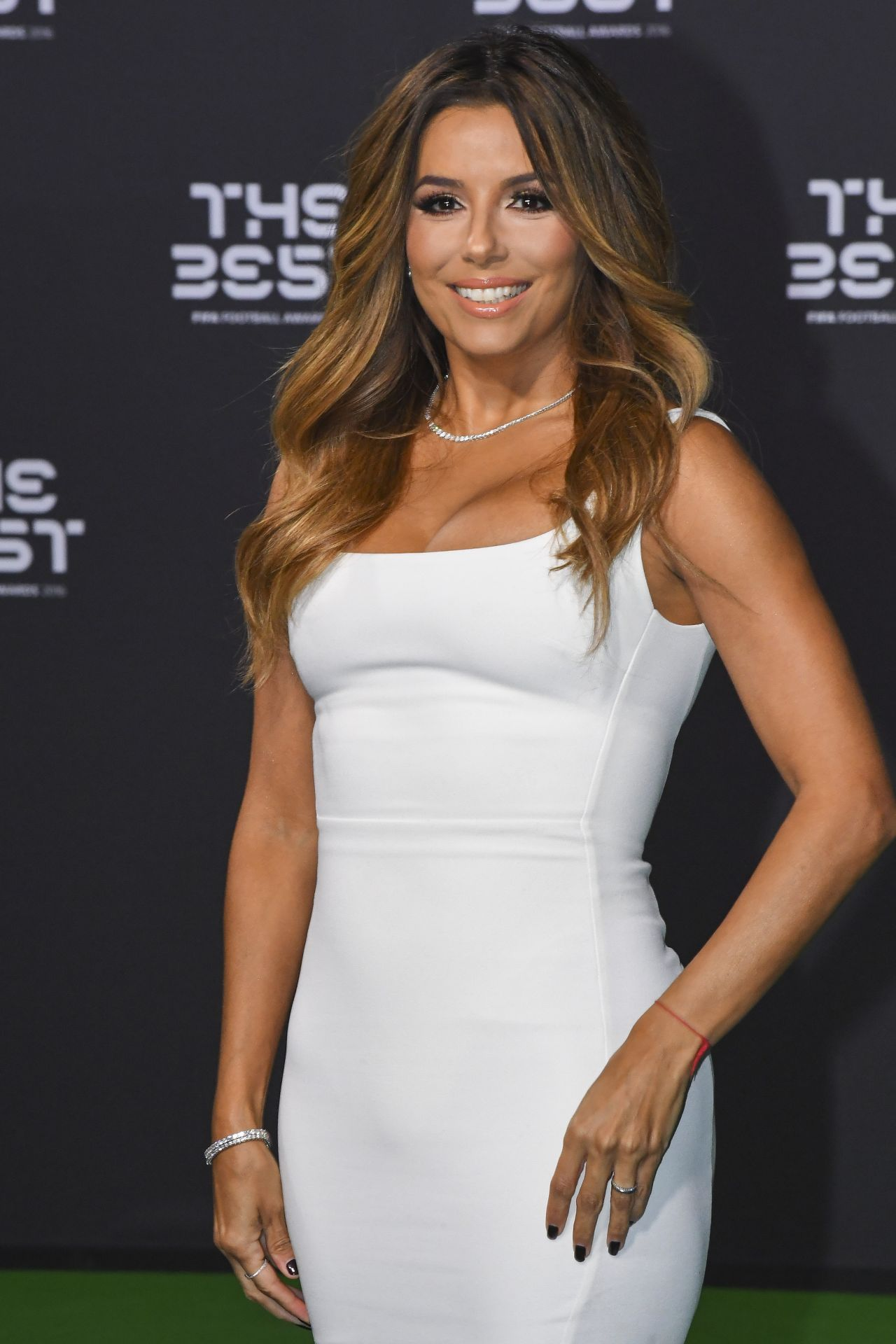 Eva Longoria STUNNING Tight White Dress