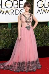 Felicity Jones – Golden Globe Awards in Beverly Hills 01/08/ 2017