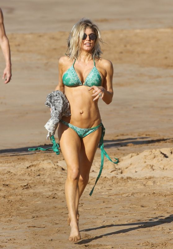 Fergie in Bikini - Hawaii 1/4/ 2017