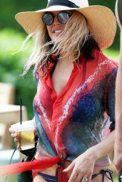 Fergie in Bikini - Hawaii 12/31/ 2016