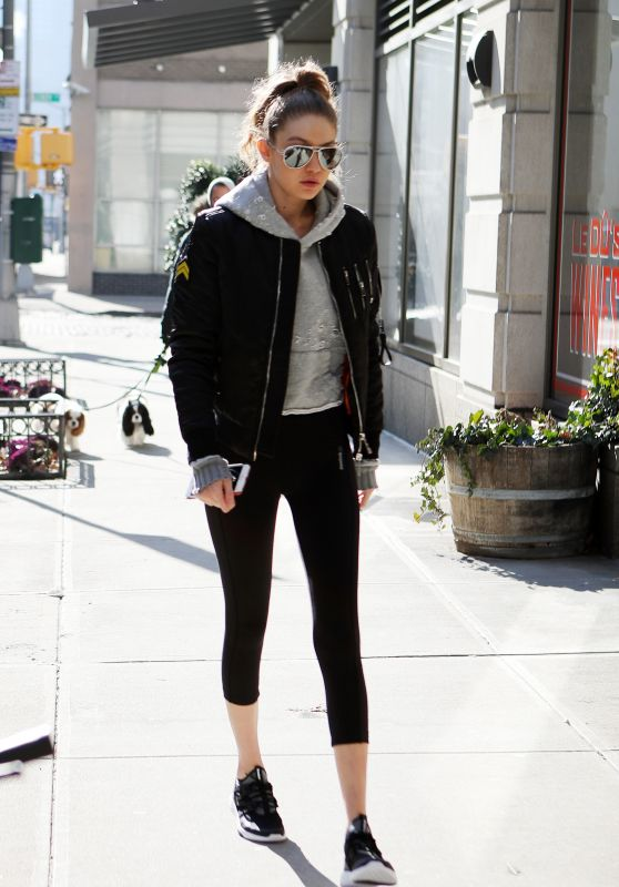 Gigi Hadid in Leggings - Heads to the Gym in NYC 1/16/ 2017