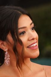 Gina Rodriguez – SAG Awards in Los Angeles 1/29/ 2017