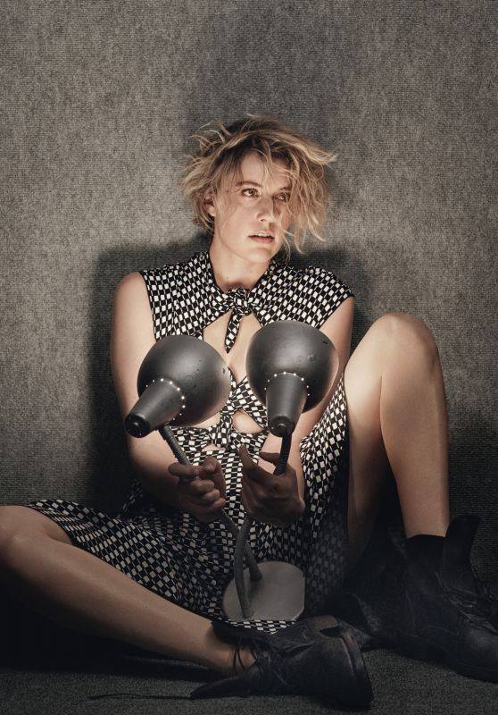 Greta Gerwig – W Magazine 'Best Performances' February 2017 Photo