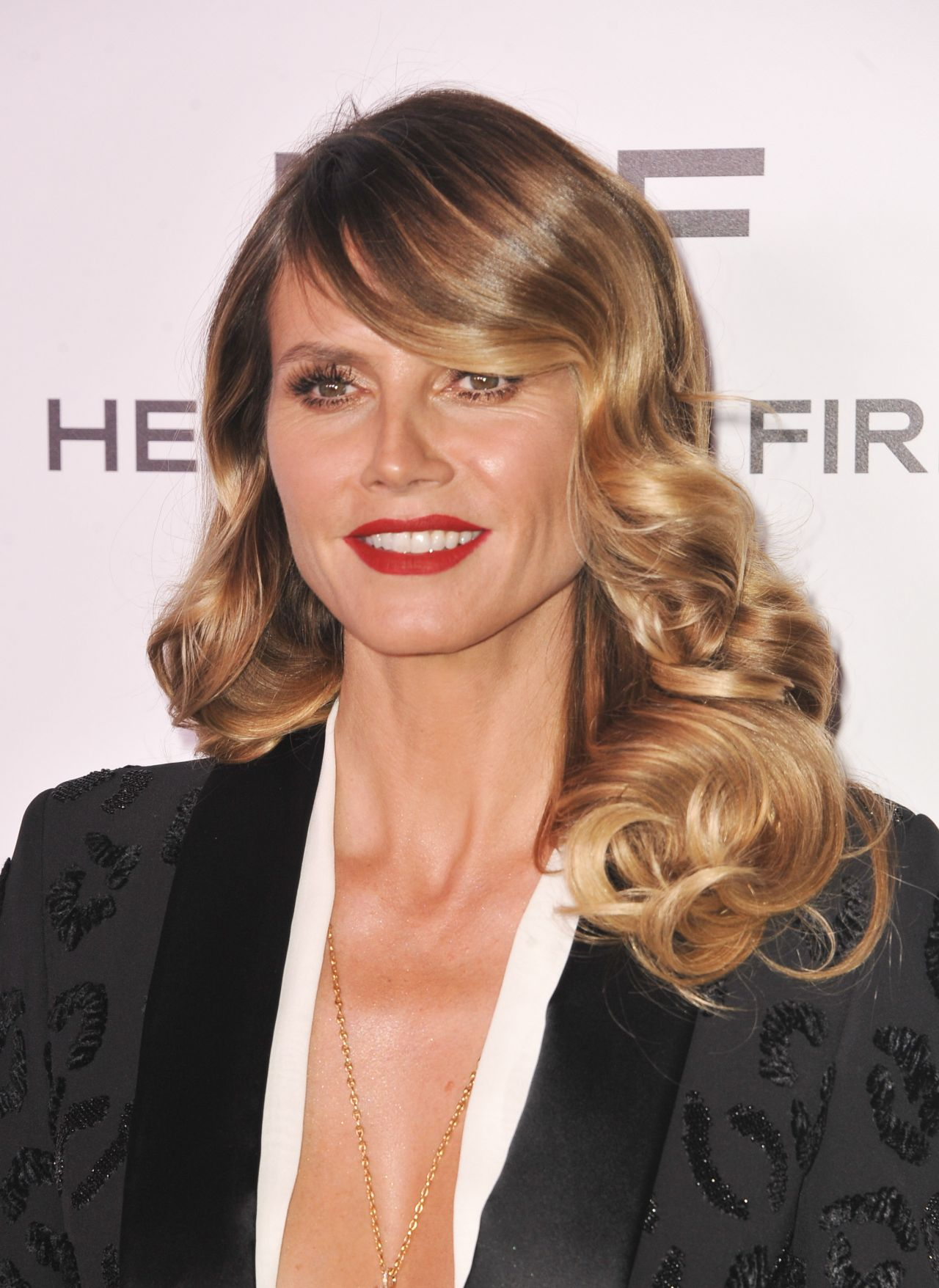 heidi klum harper s bazaar 150 most fashionable woman cocktail party in la 1 27 2017. Black Bedroom Furniture Sets. Home Design Ideas