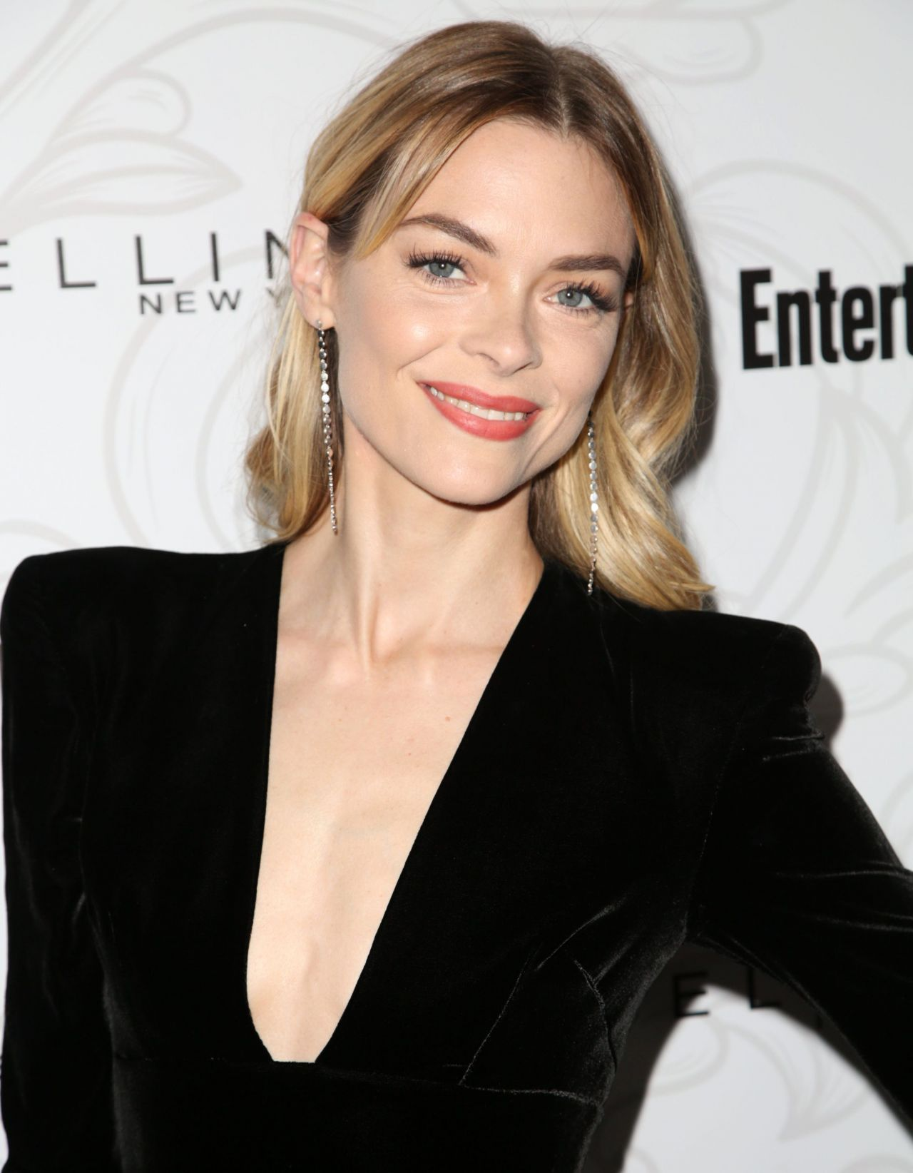 Jaime King Nude Photos 53