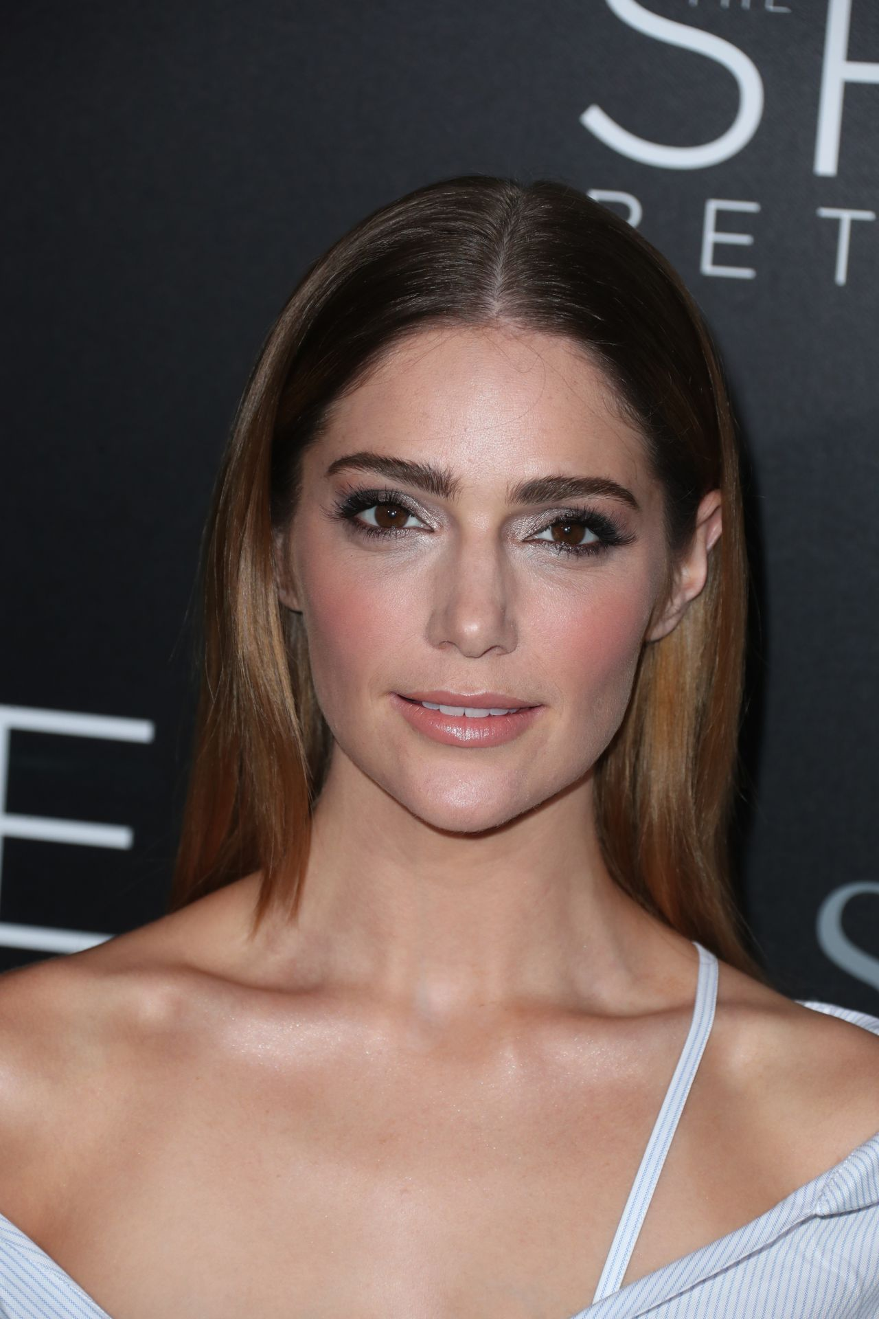 Janet Montgomery The Space Between Us Premiere In Los