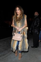 Jennifer Lopez - Catch Restauran in West Hollywood 1/17/ 2017