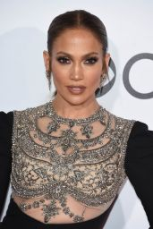 Jennifer Lopez – People's Choice Awards in Los Angeles 1/18/ 2017