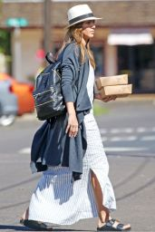 Jessica Alba Street Style - Out in Hawaii 1/2/ 2017