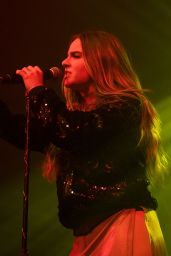 Joanna Jojo Levesque - Performing at the O2 ABC in Glasgow, Scotland 1/30/ 2017