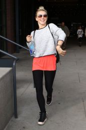 Julianne Hough at Soul Cycle in Hollywood 1/21/ 2017