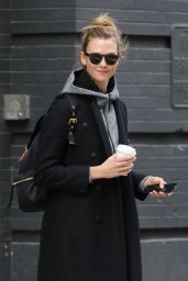 Karlie Kloss - Hits the Gym For a Morning Workout Session in NYC 1/9/ 2017