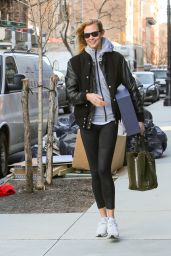 Karlie Kloss Street Style - Leaves Her Apartment in the West Village of New York City, January 2017