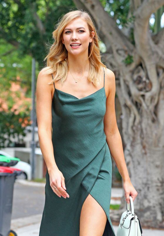 Karlie Kloss Style - Out in Sydnet 1/31/ 2017