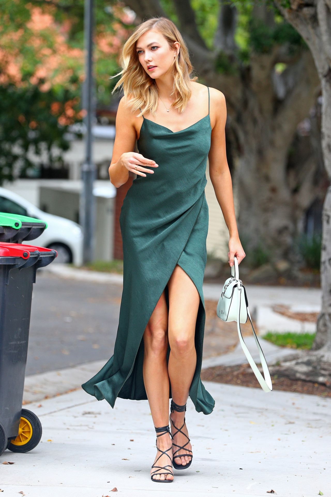 Karlie Kloss Style Out In Sydney 1 31 2017