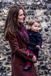 Kate Middleton - Arrives at Christmas Day Church Service at St Mark