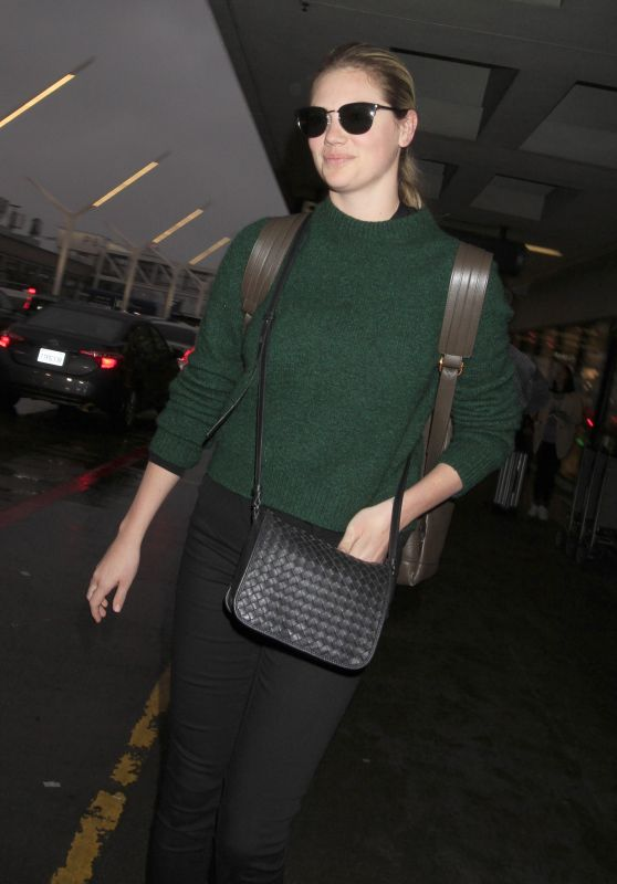Kate Upton - Looks Amazing Upon Her Arrival Into a Gloomy LA 1/22/ 2017
