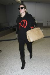 Khloe Kardashian - Arrives at the Los Angeles International Airport 1/5/ 2017