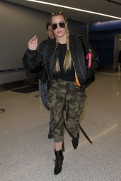Khloe Kardashian at LAX in Los Angeles 1/22/ 2017