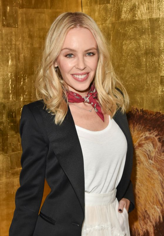 Kylie Minogue Style and Fashion Inspirations - Retour