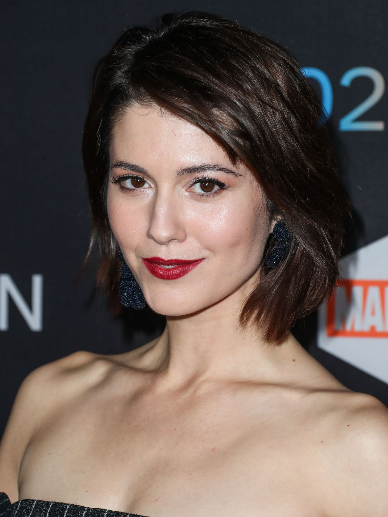 Mary Elizabeth Winstead Legion Tv Series Premiere In