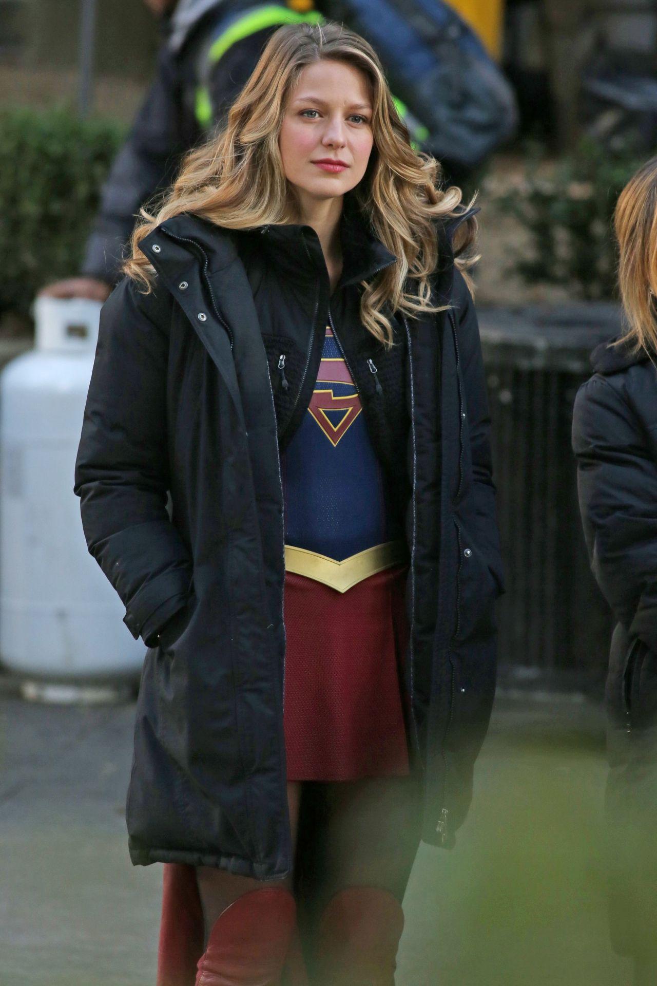 Melissa Benoist Supergirl Set In Vancouver 1 5 2017